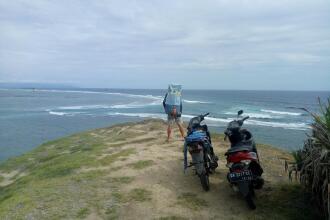 Surf trip paddle Indonésie