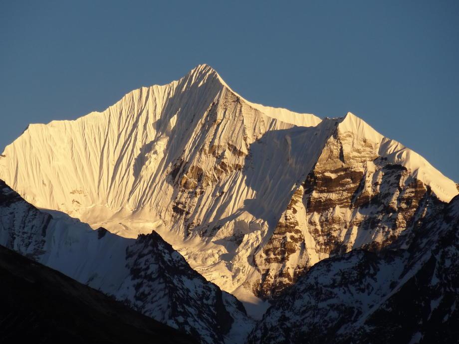superbe Langshisha Ri à 6370m