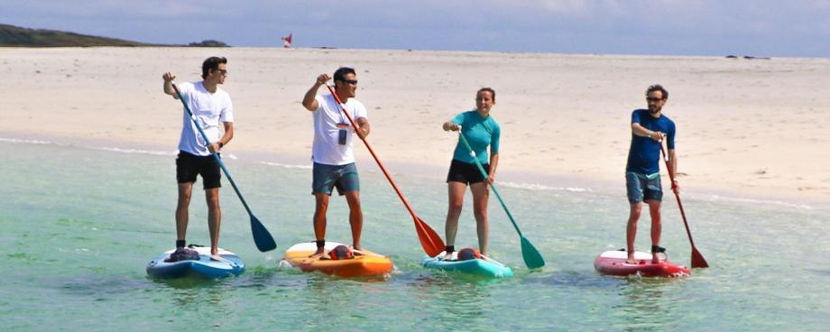 5-gestes-cle-pour-debuter-en-stand-up-paddle
