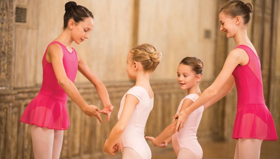 Tenue danse classique enfant justaucorps, tunique rose danse, jupette, tutu, ecole de danse, domyos