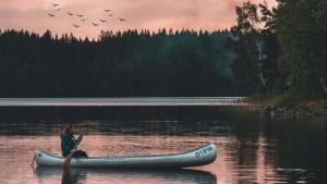 teaser-suede-canoe