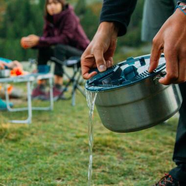 Worauf du bei der Wahl deines Camping-Topfsets achten solltest
