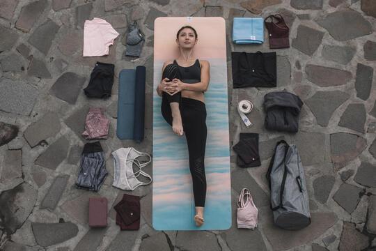 瑜珈 7 項瑜珈必備器材,開啟你的瑜珈之旅