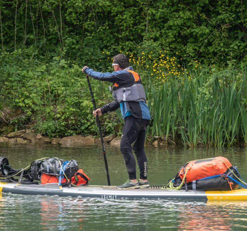 Descente de la seine en stand up paddle gonflable