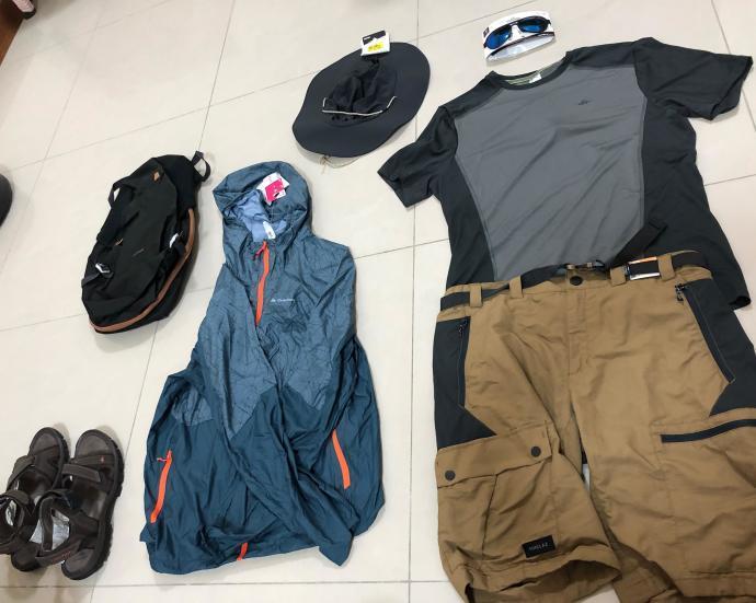 跟著晨晨登山隊來一趟夏日親子健行 迪卡儂成人防曬健行裝備