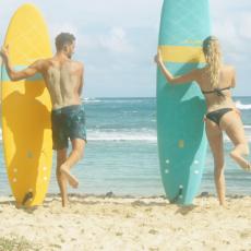 rotation des jambes échauffement sur la plage