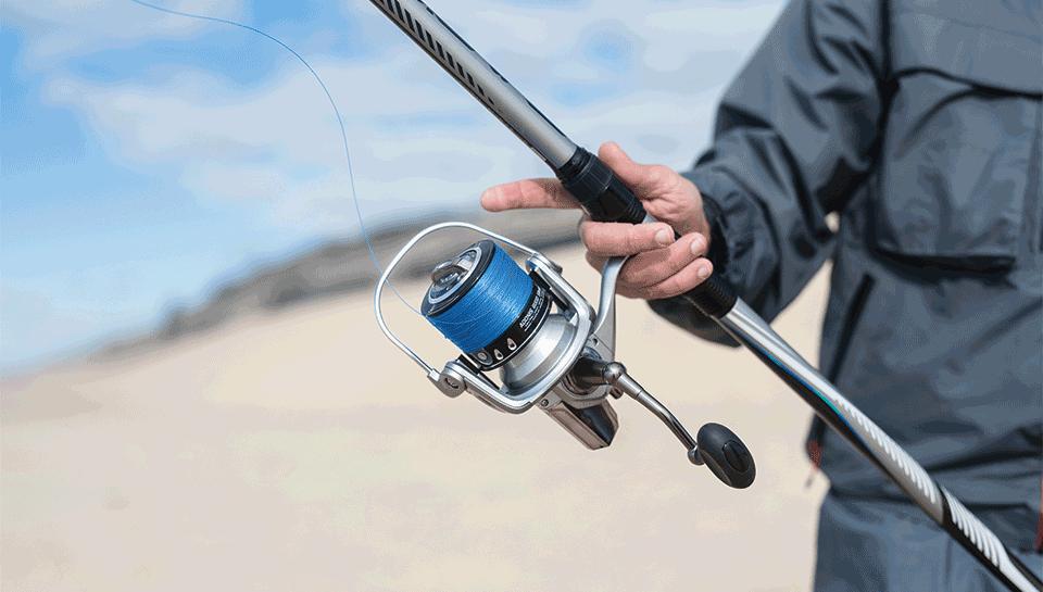 moulinets et fils pêche en mer