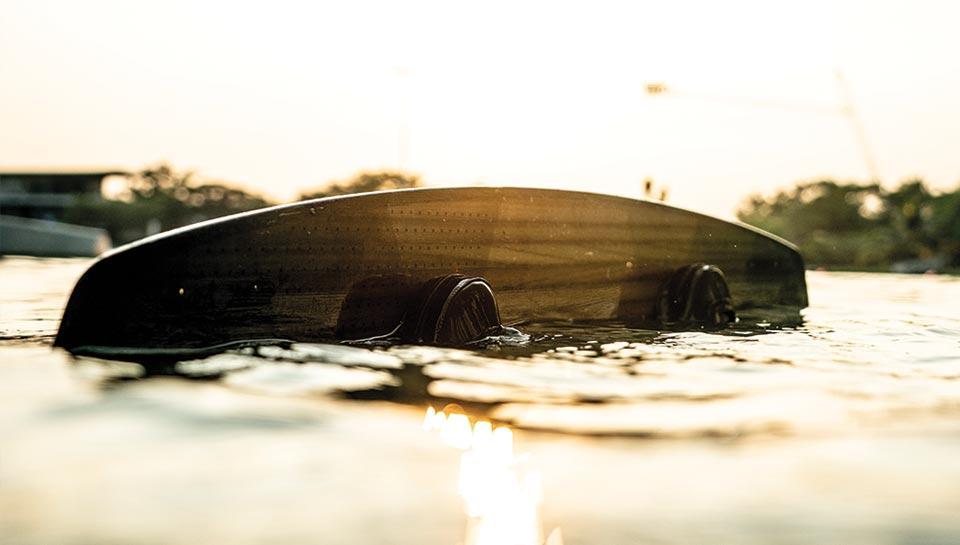 planche de wakeboard decathlon