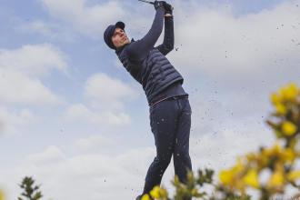 Come equipaggiarsi per giocare a golf con tempo freddo?