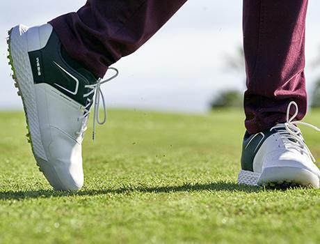 Idée cadeaux golf chaussures