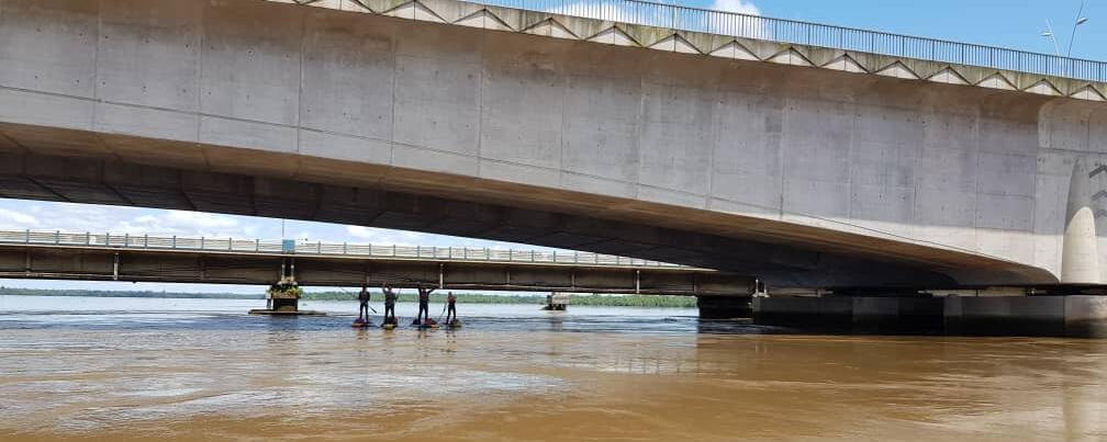 wouri bridge cameroun stand up paddle
