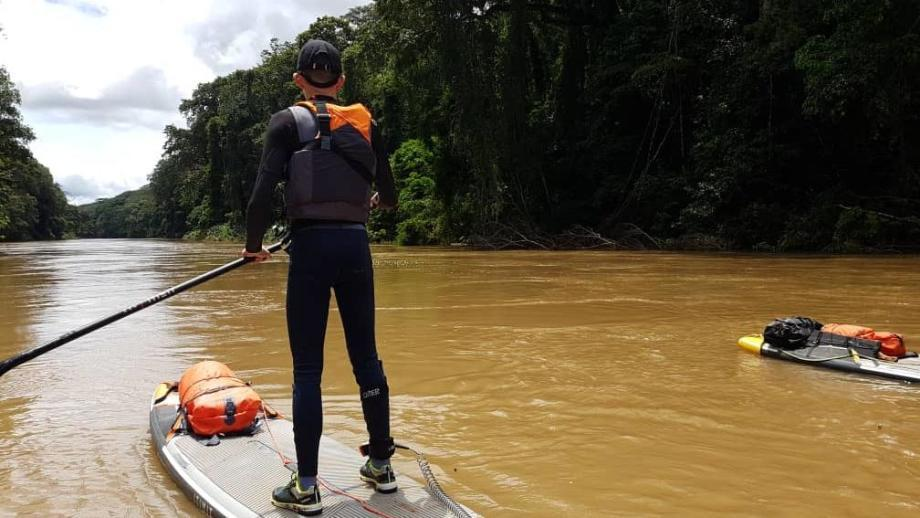 stephane-nedelec-descente-du wouri-cameroun-en-stand-up-paddle-gonflable-itiwit-126-32