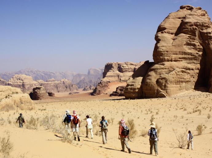 trek dans le désert de wadi rum