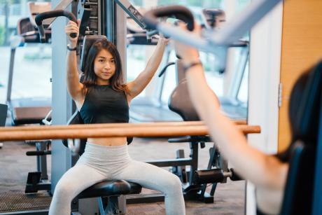健身 帶妝運動