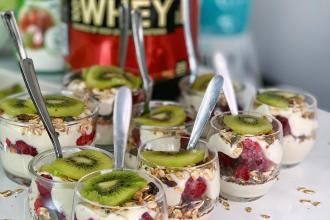 protein muesli yogurt tiphaine charles