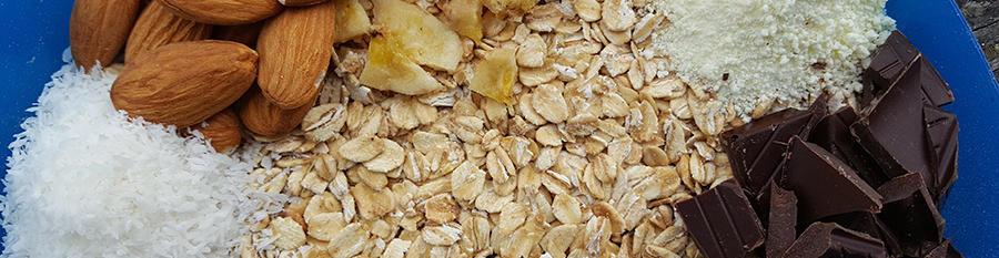 Recipe / Creamy chocolate, almond and coconut muesli