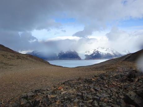COL PASO DANS LE PARC NATIONAL DE Torres del paine patagonie trek au chili