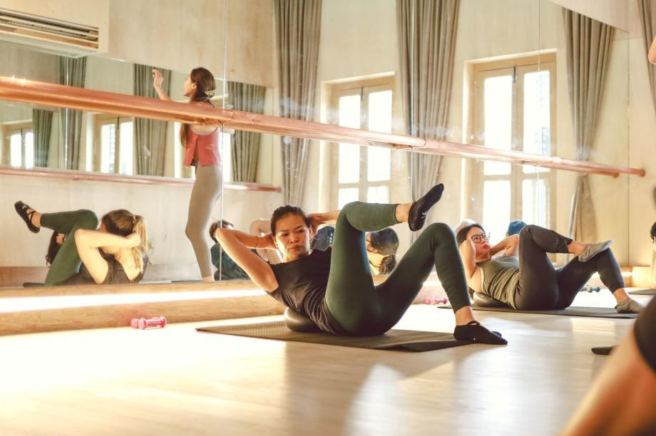 SG-Slider-5-what-to-wear-to-a-barre-class