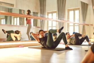 WHAT TO WEAR TO A BARRE CLASS?