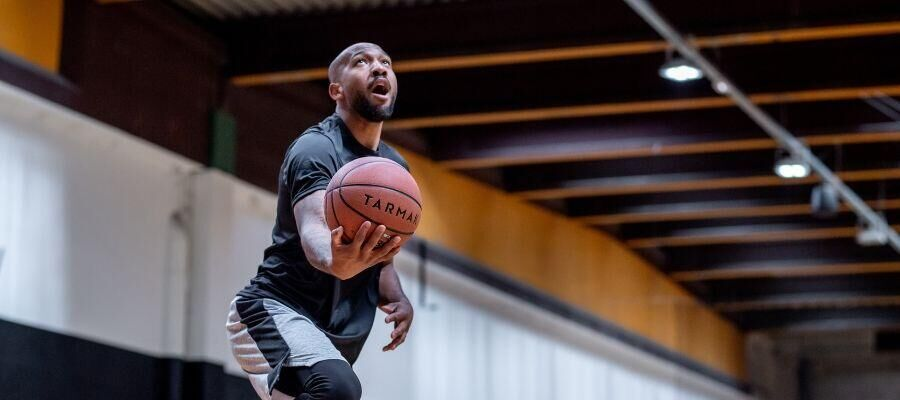 SG-Content-2-5-reasons-why-you-should-start-playing-basketball