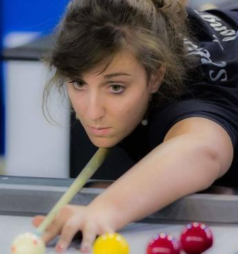 Billard au féminin - snooker Blackball -