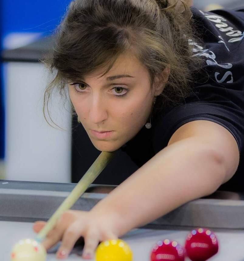 Billard au féminin - snooker Blackball -