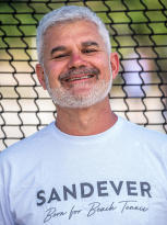 leader sandever beach tennis