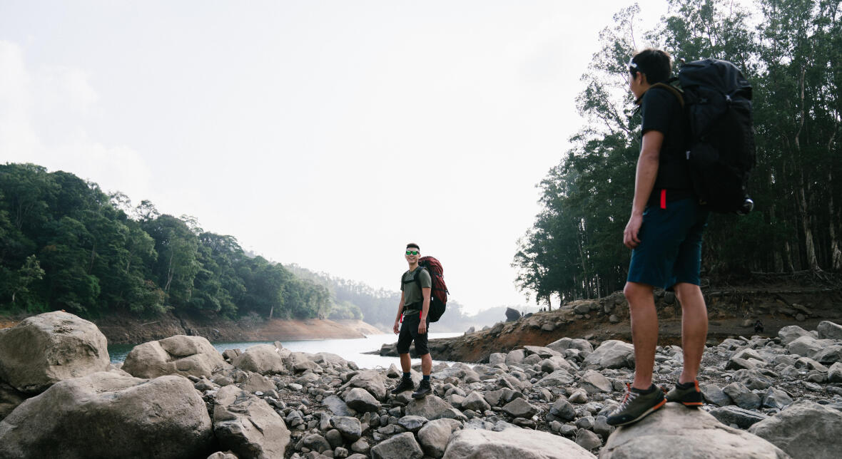 leave no trace while hiking - Decathlon
