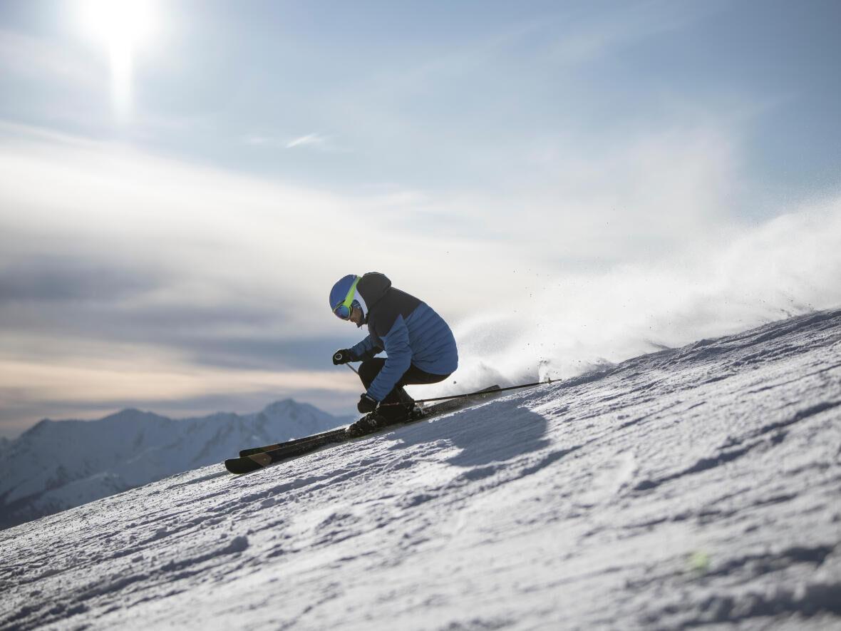 pourquoi est-il conseillé de porter un casque au ski ?