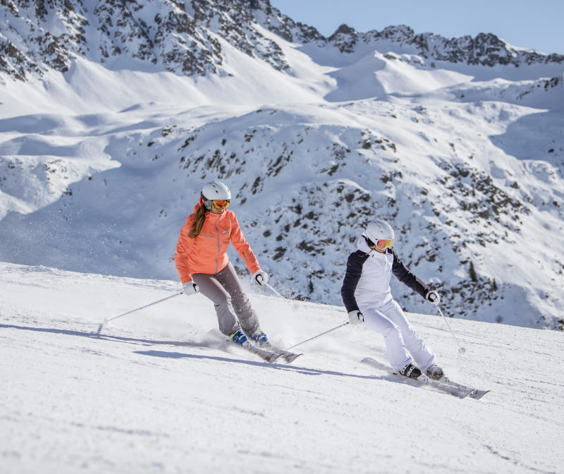 Taking out a ski insurance:why and how, wedze tips