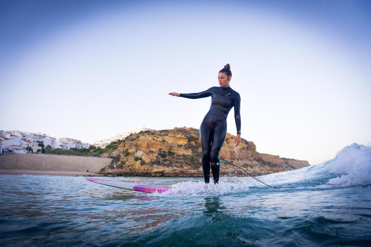 Kim Hertogs, surfen, goed voor lichaam & geest