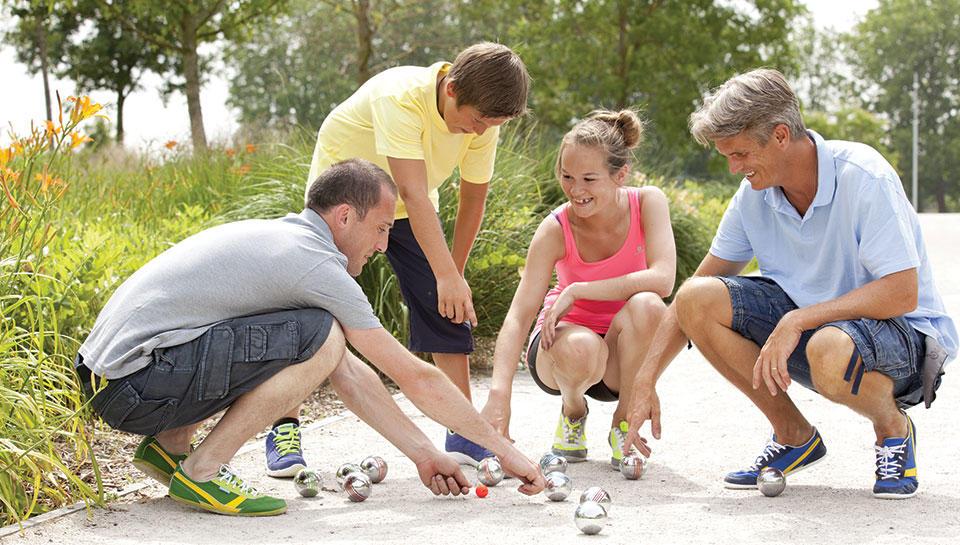 7 bonnes raisons de mettre son enfant à la pétanque avec Decathlon