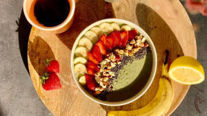 smoothie_bowl_mache_banane_fraise