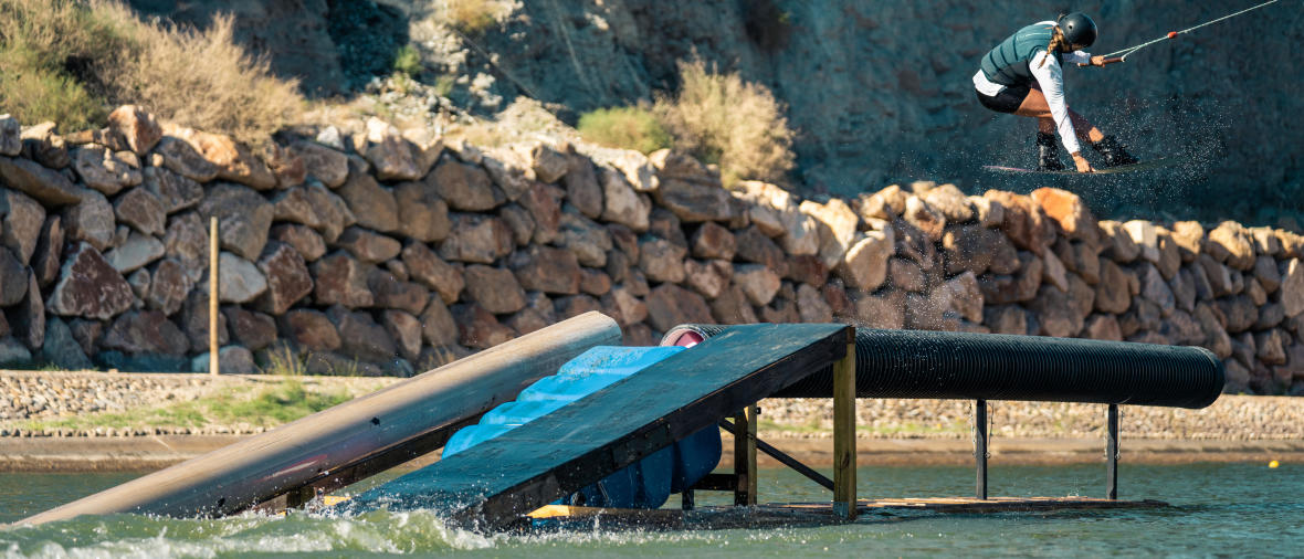 femme wakeboard tricks