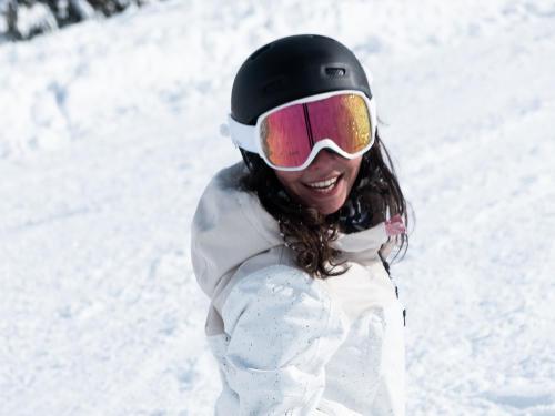 Ne plus avoir mal aux pieds dans vos chaussures de ski : conseils et astuces.