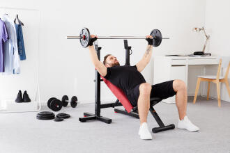 How to set your weight training goal in four easy steps