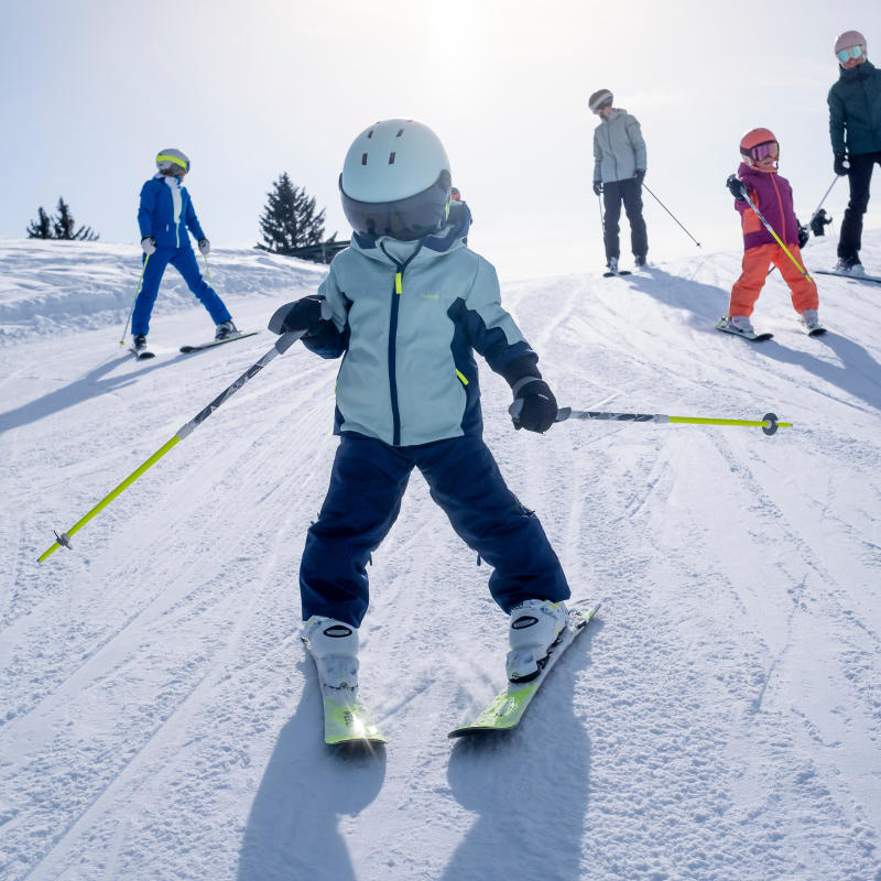 introduce children to skiing
