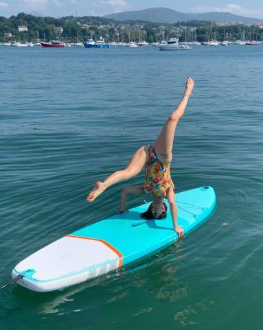 stand-up-paddle-session-with-friends-pilates