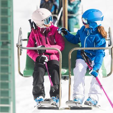 Choisir ses gants ou moufles ski enfant