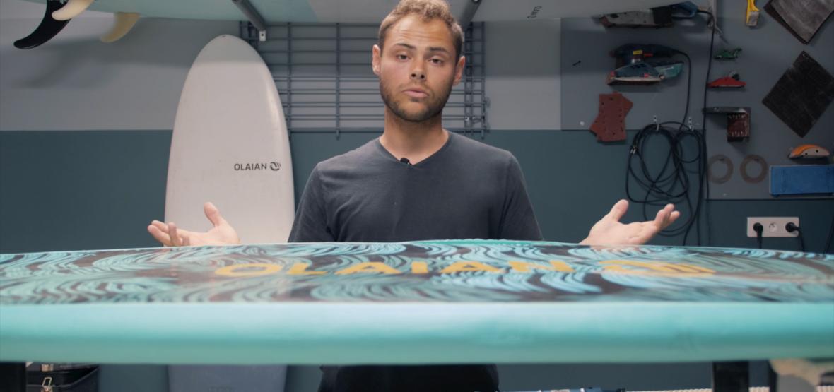 COMMENT RÉPARER SA PLANCHE DE SURF EN MOUSSE ?