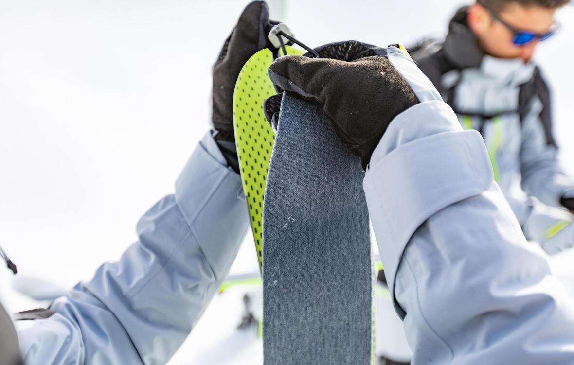 Comment fixer ses peaux de phoque sur ses skis