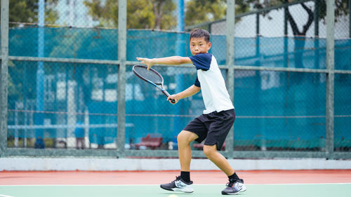 Kids' back-to-school tennis essentials