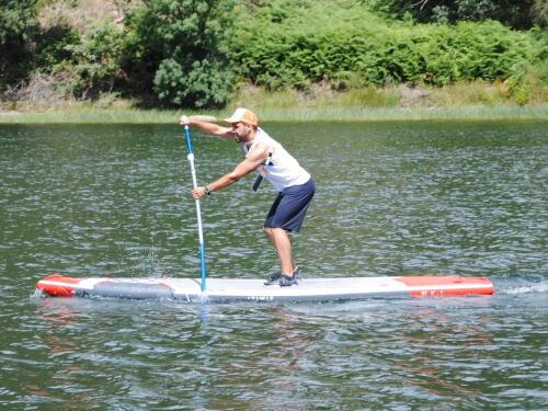 hugo-ferreira-praticante-stand-up-paddle