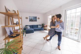 La danse en couple, un bon moyen de se mettre au sport à deux.