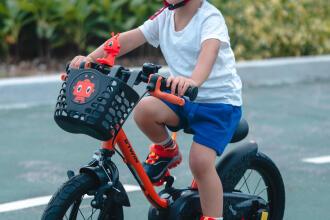 Roller et vélo: quelles protections choisir pour vos enfants ?