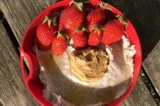Recette porridge à la fraise