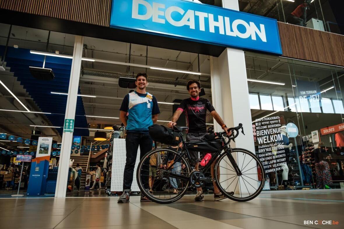 Bike 2 Sea: het fietsavontuur van Adrien voor Think Pink