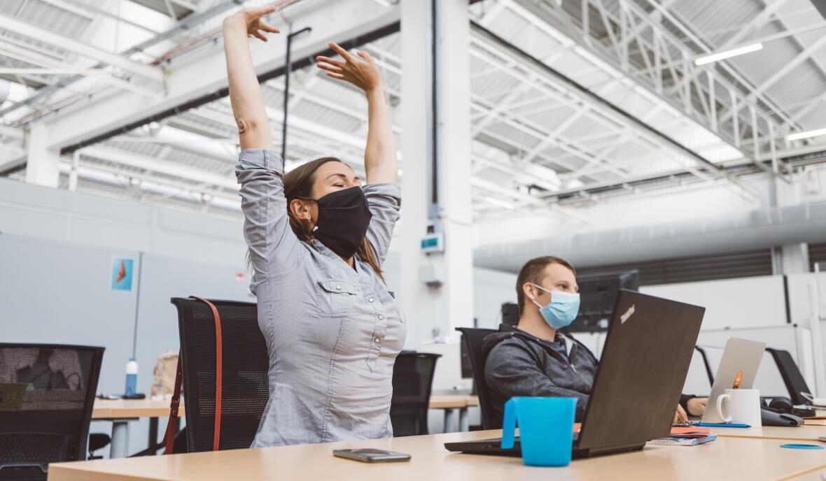 Hoe discreet bewegen op het werk?